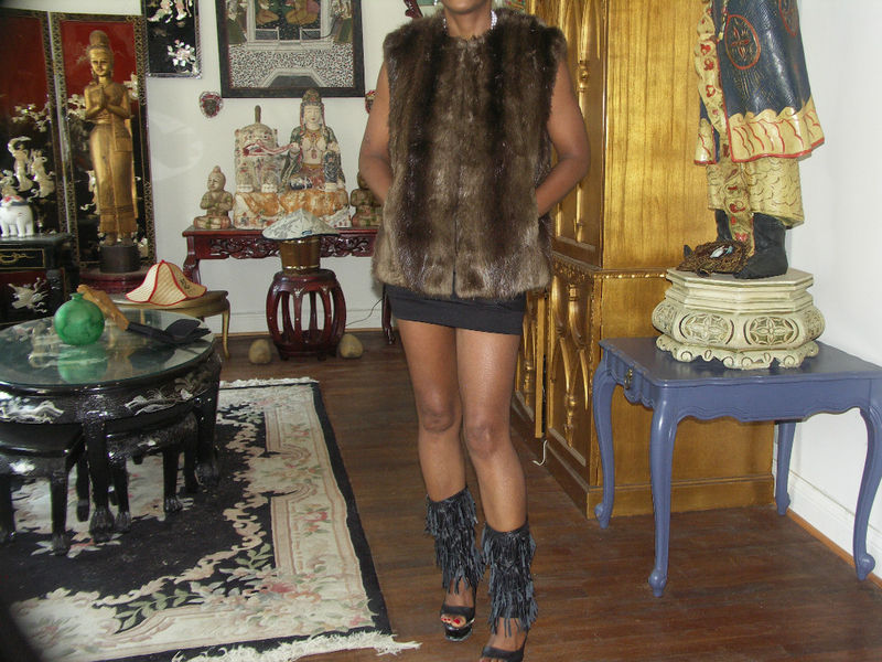 Classy dark brown Beaver Fur Vest or Sleeveless coat S