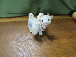 Cute Vintage 3 Piece Salt & Pepper Set-Cow Holding 2 Milk Jugs - $12.00