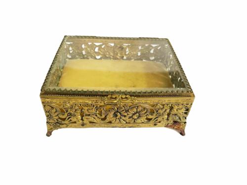 Vintage Regency Ornate Decorative Gold Gilt Tone Box Vanity Jewelry Trinket
