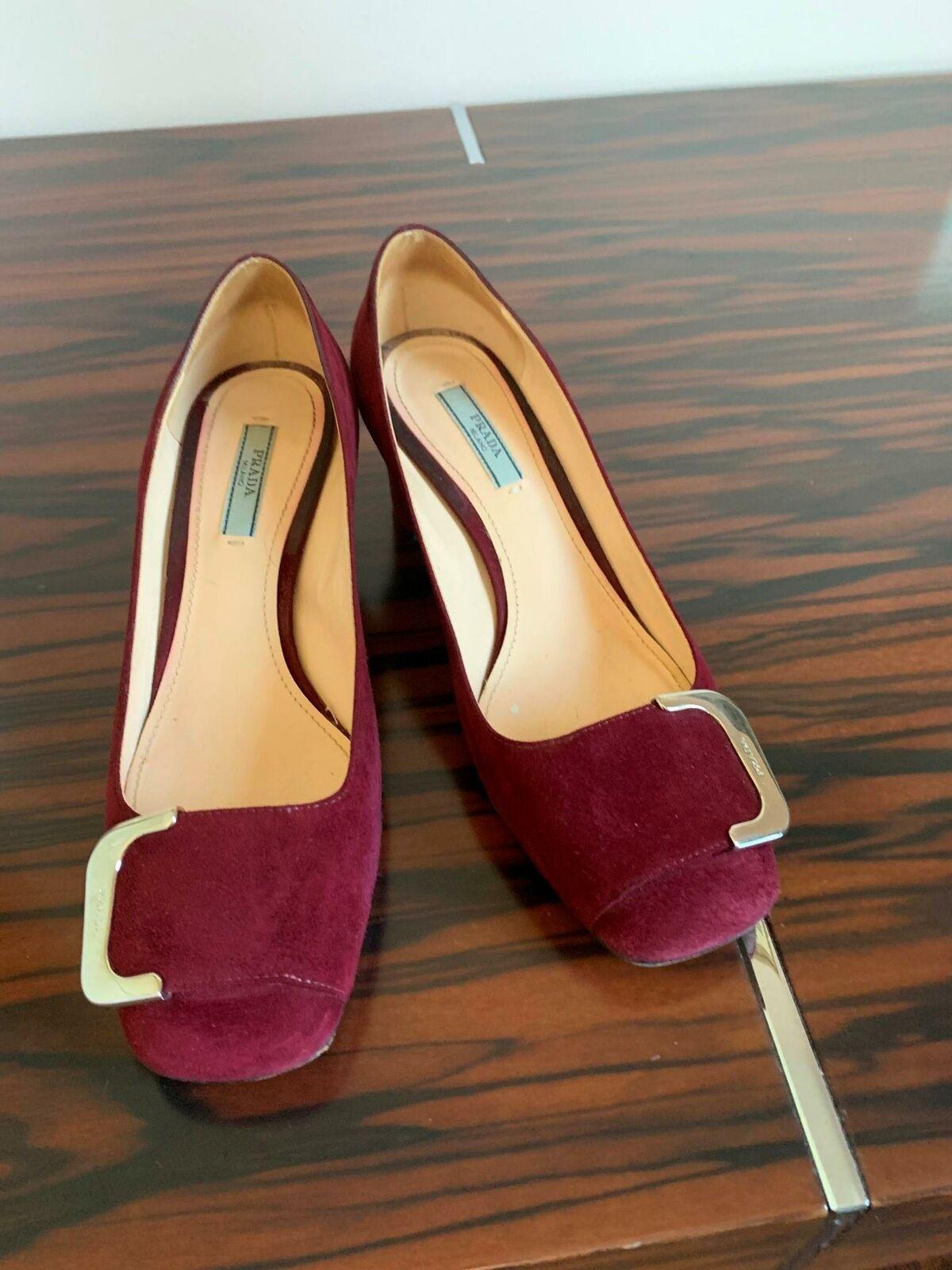EUC PRADA Suede Wine Purple Pumps 2'' Heel Made in Italy image 6