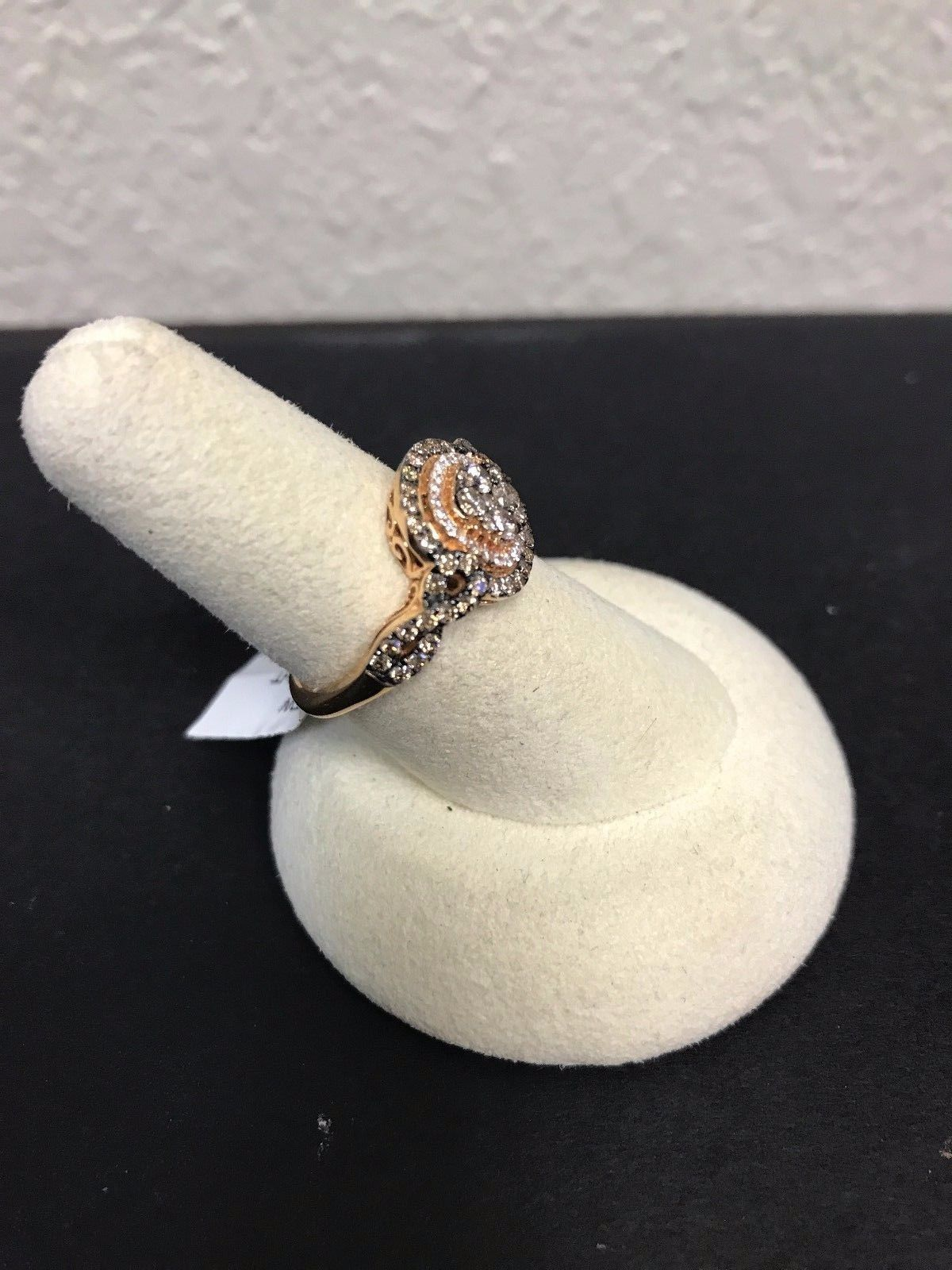 New Le Vian  YQGH 101 14kt  Rose Gold  Diamond Ring From Chocolatier Collection