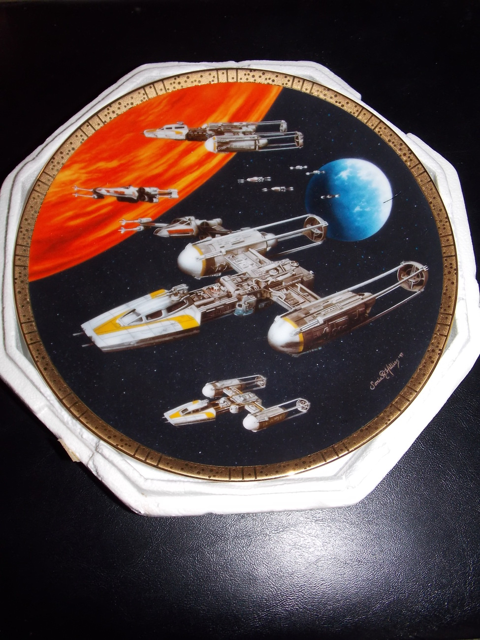 1997 Star Wars Hamilton Collection Y-Wing Fighter Collector Plate