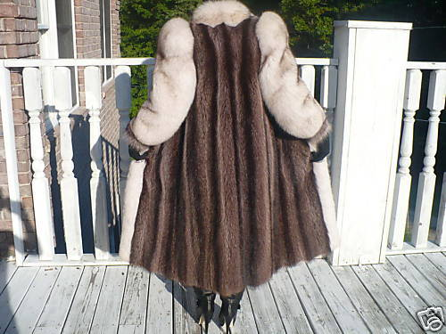 Mint Full length Raccoon & White Fox Fur coat jacket S