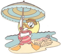 Donald Duck at Beach LE Auction On original card Authentic Disney Pin - $63.95