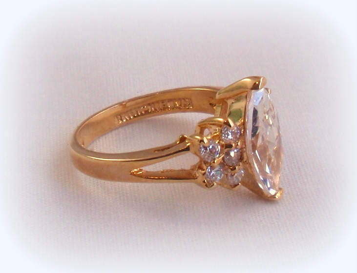 Brand new Lind CZ Solitaire Ring 14K HGE NWOT Marquise and 50 similar items EV96