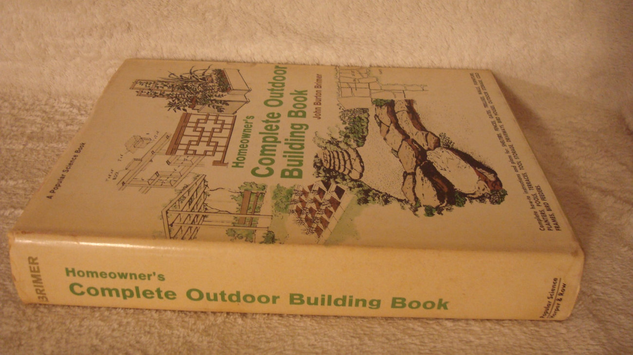 Complete Outdoor Building Book - Vintage