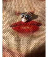 Beautiful Vintage Sterling Silver Hematite + Pink Pearl Pinky Ring - $17.82