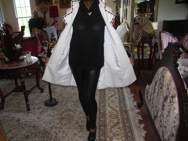 Vtg Dolce & Gabbana Classic WHITE & Black Wool COAT S