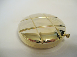 Estee Lauder Gold quilted solid powder compact new with protective pouch. RARE - $26.99