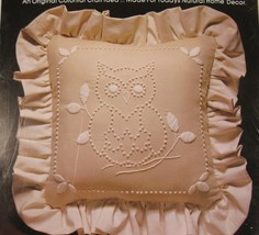 Valiant OWL 4213 Sealed Candlewicking Pillow or Picture Kit 14x14 Vintage - $17.95