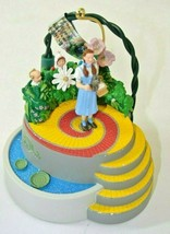 2006 Wizard Of Oz - Dorothy And The Munchkins 2006 Hallmark Ornament QXI... - $19.79