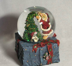 """Boyds PurrstoneMusicalWaterglobe""""Mrs.Claws w/Topper-Hang in There*#271500*2E*NIB - $39.99"""