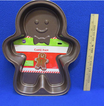 Gingerbread Man Wilton Cake Pan Non Stick NWT Boy Ginger Bread 2014 - $9.89