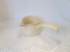 Pfaltzgraff Village Pattern #434 Handled Gravy Bowl Pourer - $14.80
