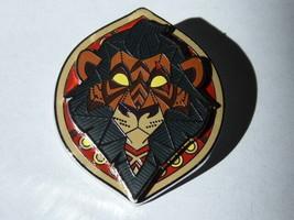 Disney Trading Pin Astucieusement Evil The Lion King Cicatrice Bouclier - $46.40
