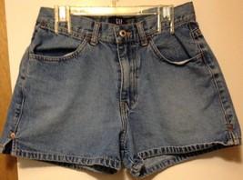 Girls Denim Shorts Size 4 100% Cotton Waist Is 27 Inseam 2 1/2 Cotton - $6.95