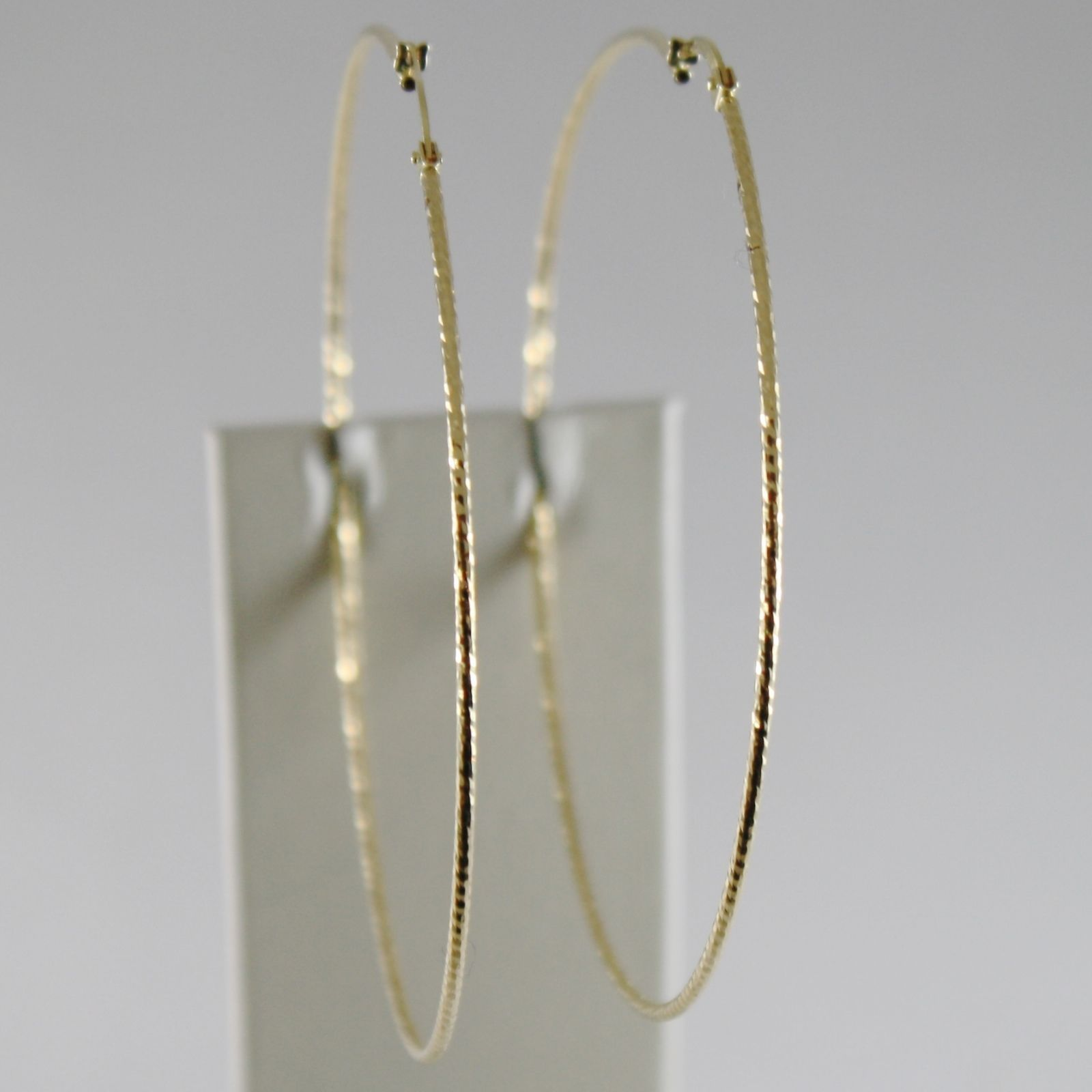 18K YELLOW GOLD STRIPED WORKED EARRINGS BIG CIRCLE HOOP 73 MM DIAM MADE IN ITALY