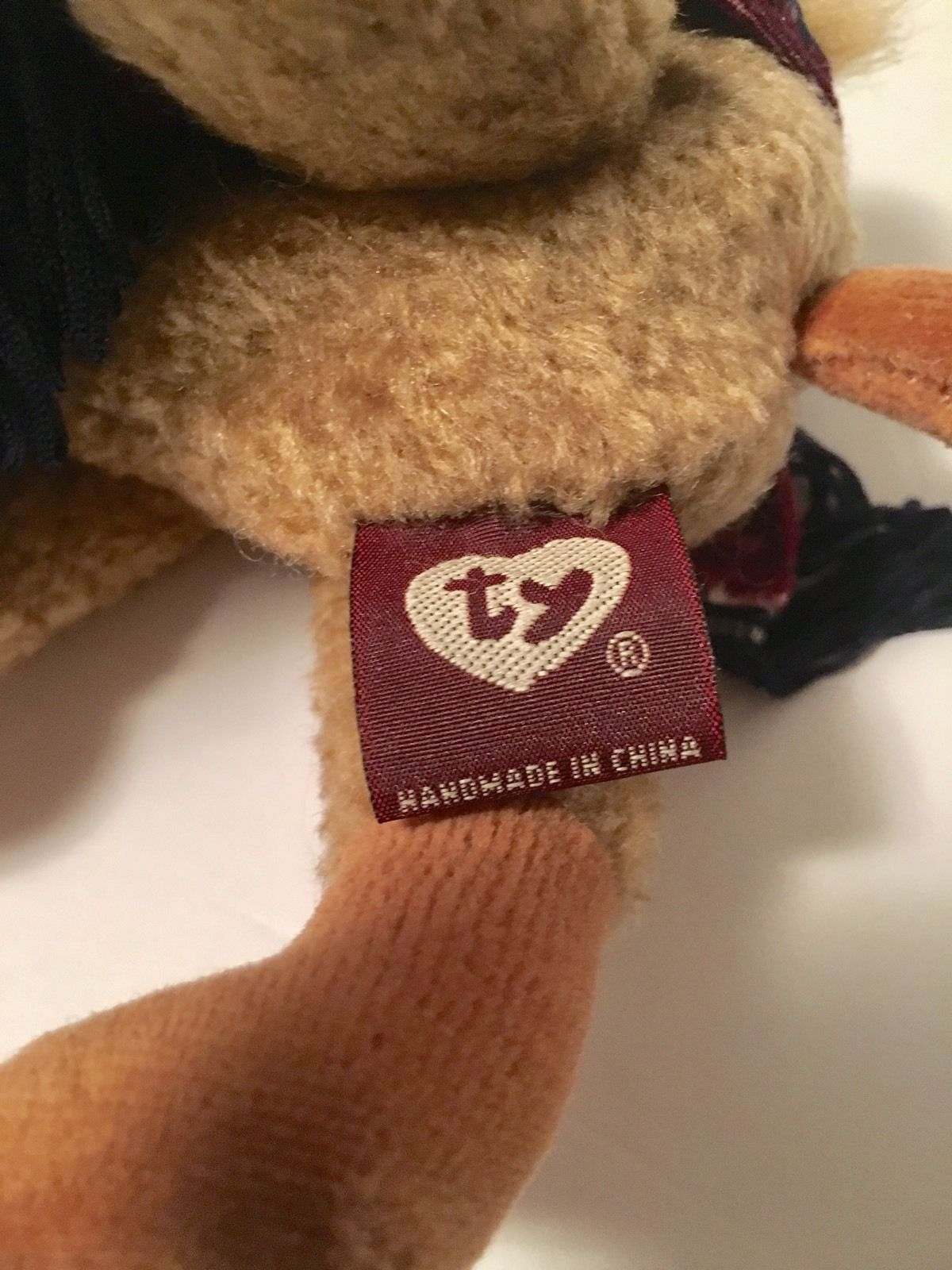 Ty Beanie Babies Plush Beanbag Lawrence the Camel Attic Treasures Purple Shawl