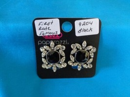 Paparazzi Clip-On Earrings (new) First Rate Famous/Black 9204 - $8.58
