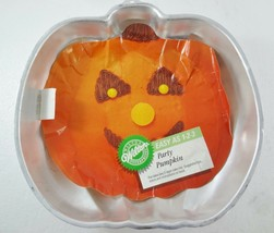 Wilton Party Pumpkin Halloween Mold Cake Pan 2105-9414  502-9414 Halloween - $28.41