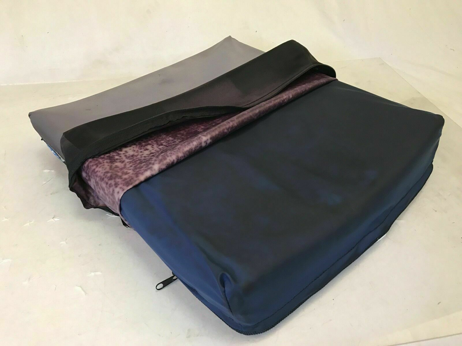 Invacare - Infinity LC Seat Cushion - 18x18 for Wheelchairs