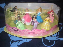 Disney Store PRINCESS 7 piece Figure PLAYSET Exclusive + TIANA in GREEN ... - $29.69