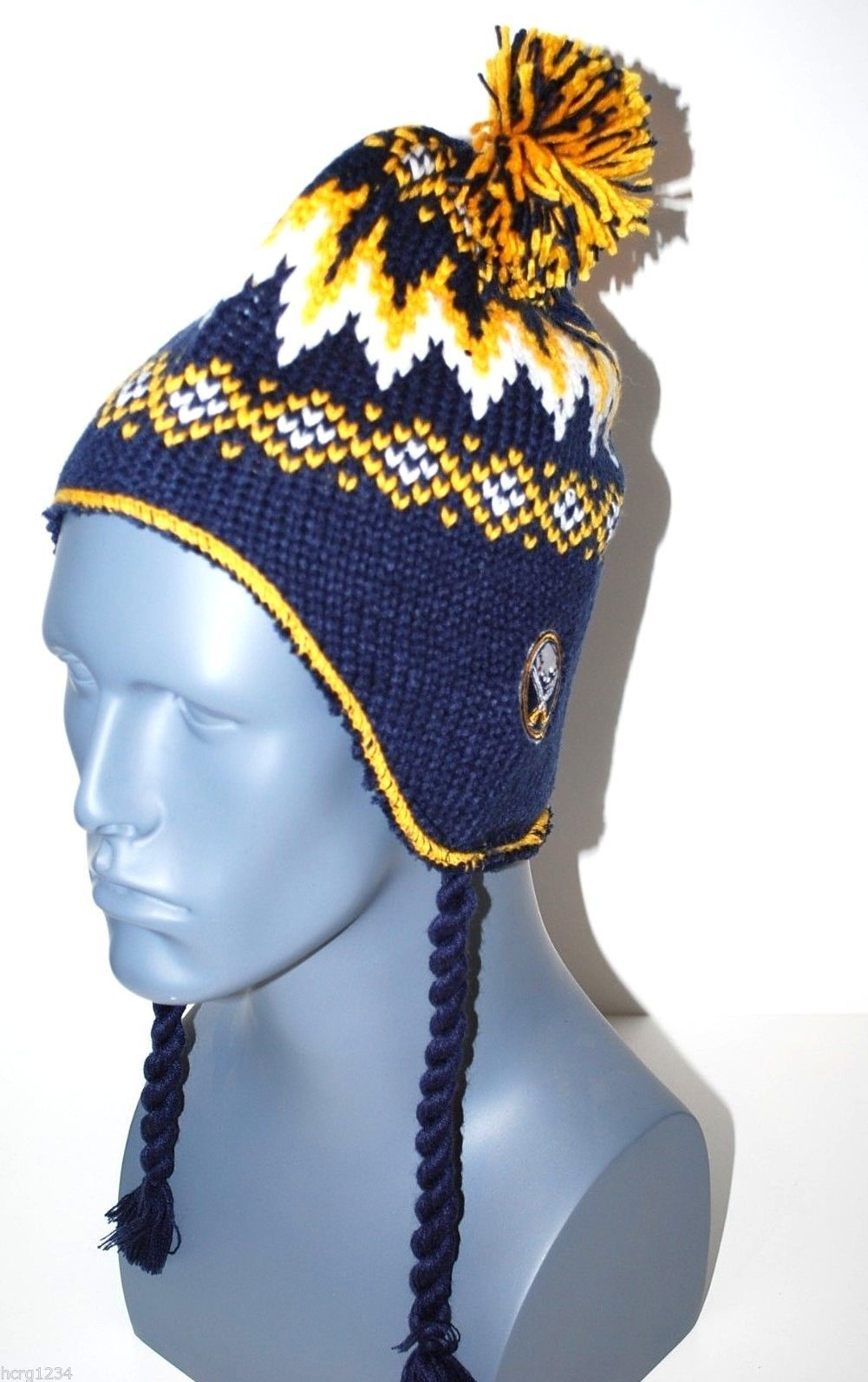 3286f8e79fc Buffalo Sabres Reebok Face Off NHL Pom Pom Knit Hat Beanie Toque Chullo