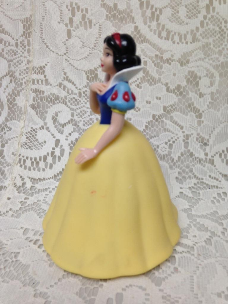 Disney Princesses, Childs Cinderella Battery Operated Lamp-Night-lite 6in x 4in