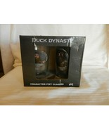 """Pair of Duck Dynasty Pint Glasses Willie & Phil BNOS 5.875"""" Tall - $29.70"""