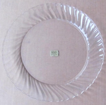 "Dinner Plate 9"" in Clear Glass Arcoroc Swirl Design Edge - Made In France - $10.99"