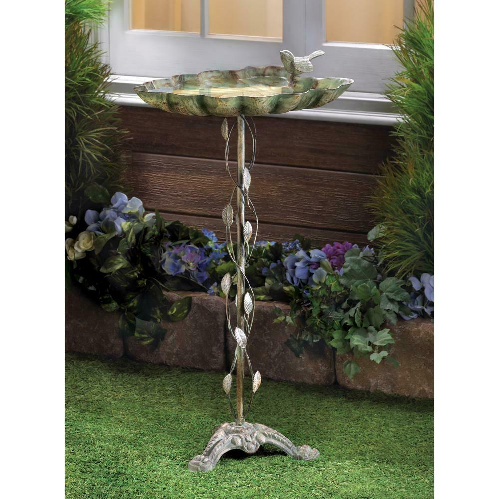 VERDIGRIS LEAF BIRDBATH Garden Yard Metal Iron Bird Bath
