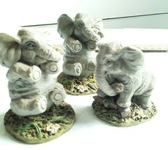 Small Cute Collectible Elephant Figurines Set of 3 Used Great Condition - $10.89