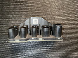 Electricity DISTRIBUTOR MERCEDES BENZ OM654.920 OM656.929 A0005459712 - $24.75