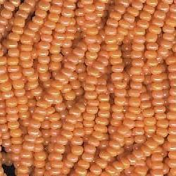 Seed bead rocaille full hank orange 3