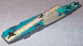 Tootsie carrier2b thumb200