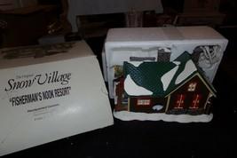 DEPT. 56 SNOW VILLAGE FISHERMAN'S NOOK RESORT HOUSE W/BOX SLEEVE - $44.50