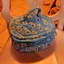 Vera Bradley Home and away round cosmetic bag in retired Bermuda Blue pa... - $22.00