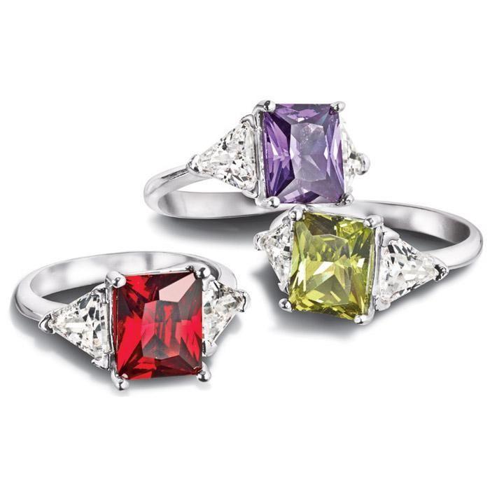 "Avon Dramatic Hue CZ Ring Size 10 ""Green"""