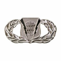 Mid Size Genuine U.S. Air Force (Usaf) Breast Badge: Command And Control - $14.83