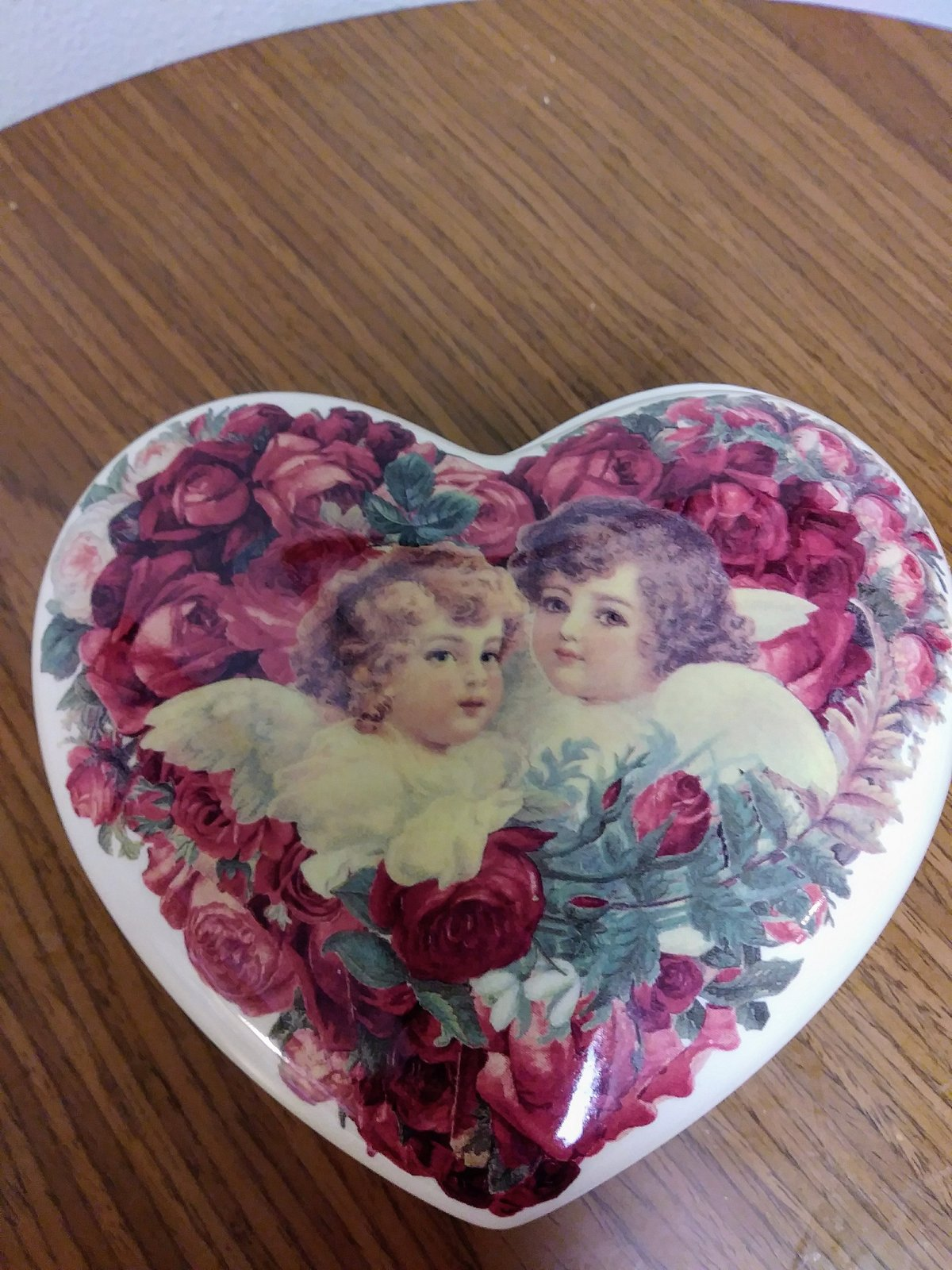 Porcelain Heart Shape Roses 2 Cherub Angels Trinket Jewelry Dish