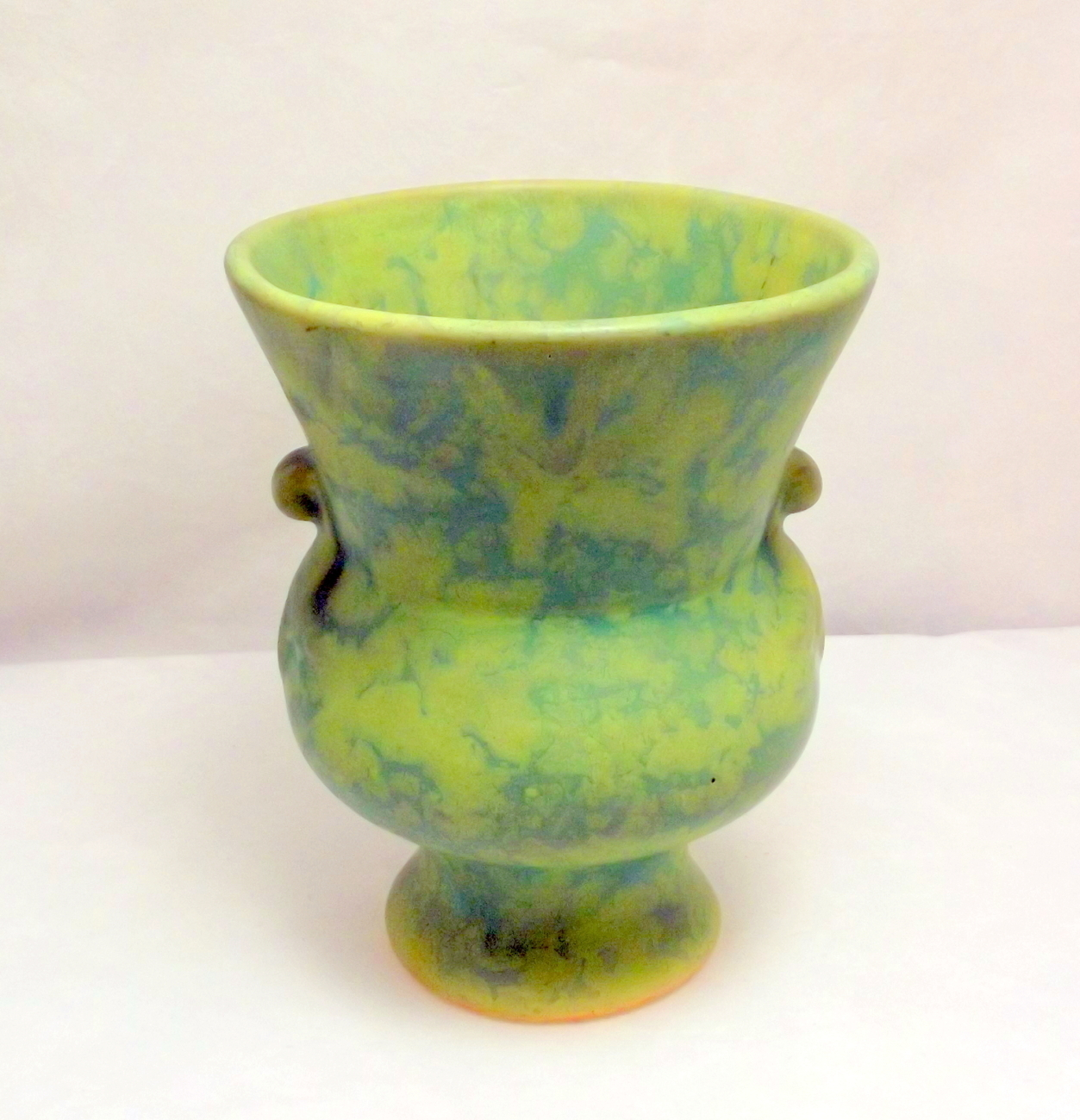 Vintage arts and crafts era matte green mottled glaze art for Arts and crafts pottery