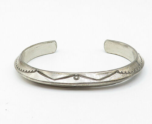 TAHE NAVAJO 925 Silver - Vintage Traditional Etched Pattern Cuff Bracelet- B4903 image 2
