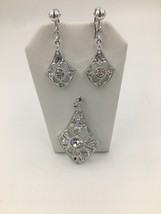 Vintage Sarah Coventry Rhinestone Pendant and Clip Earring Set - €24,14 EUR