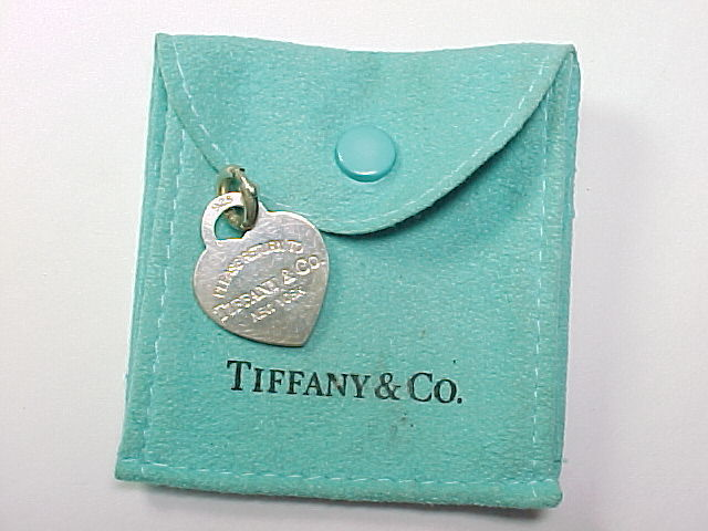 """TIFFANY & CO. """"PLEASE RETURN TO"""" Sterling HEART CHARM PENDANT with Pouch"""