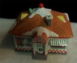 Department 56 SUPER SALE -Snow Village 56 Flavors Ice Cream Parlor Depar... - $15.84