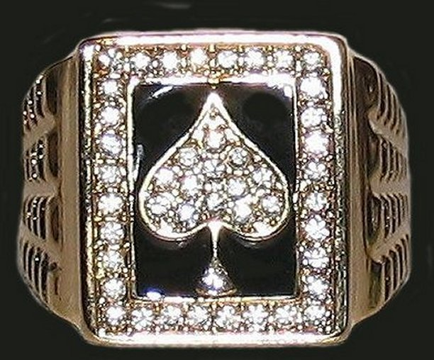 Ring gold cz ace of spades front black