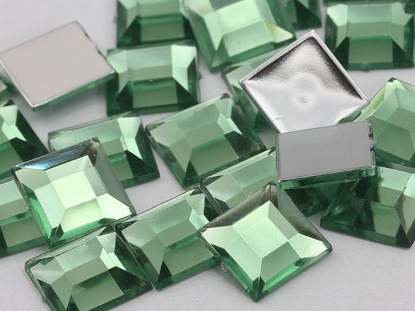8mm Green Peridot PD Flat Back Square Acrylic Gemstones - 75 PCS