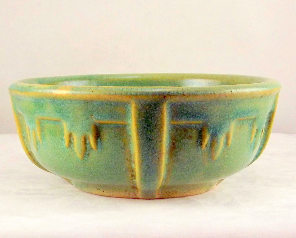Vintage arts and crafts matte green art pottery bowl for Arts and crafts pottery