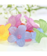 Lucite Flower Beads, Frosted Flower Beads, Plastic Beads, Acrylic Beads,... - $1.50+