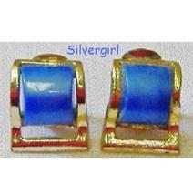 Vintage Gold Tone Frosted Pearl Look Blue Clip Earrings - $6.99